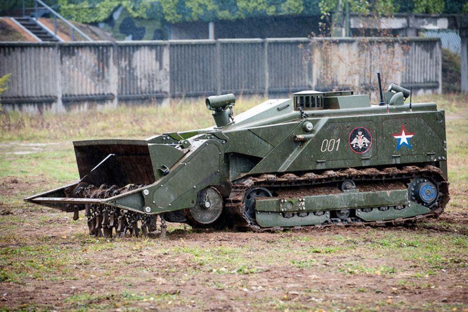 Российский робот-сапер Уран-6