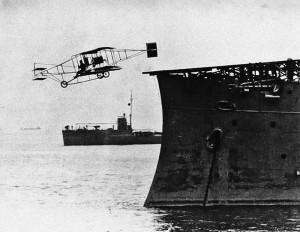 Юджин Эли взлетает с палубы USS Pennsylvania 18 января 1911г.