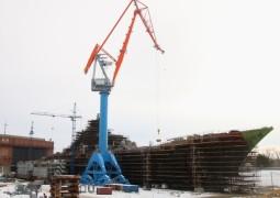 """На Севмаше построен гигантский кран для """"Адмирала Нахимова"""""""