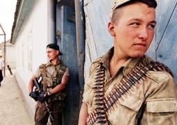 «Ты этим ножом головы не резал?», – о чеченском конфликте, боевиках и заложниках
