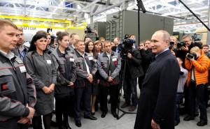 Владимир Путин_ встреча с рабочими концерна «Калашников»