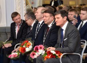 Генеральный директор _АО АПК им Паландина_Олег Лавричев