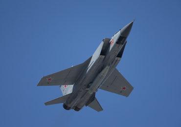 Ростех начал ОКР по созданию перспективного истребителя-перехватчика