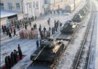 30 танков Т-34 из Лаоса торжественно встретили на вокзале Читы