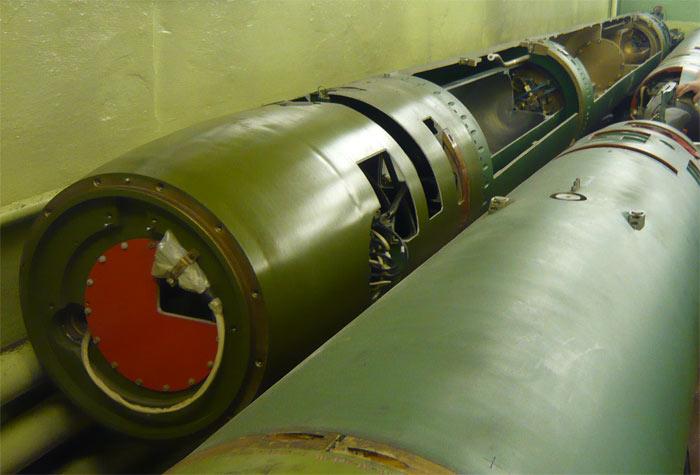 Разрезной макет торпеды 65-76А, музей г.Мурманск, май 2010 г.