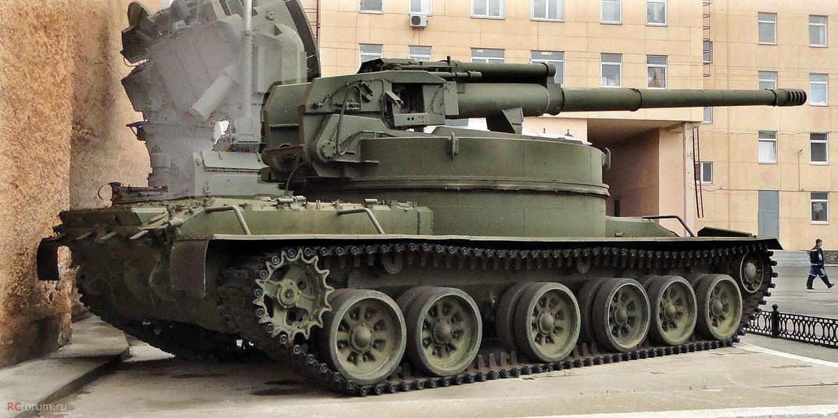 """Экспериментальная самоходная артиллерийская установка """"объект 327"""" в музее """"Уралтрансмаша"""" (фото из архива http://rcforum.ru)"""