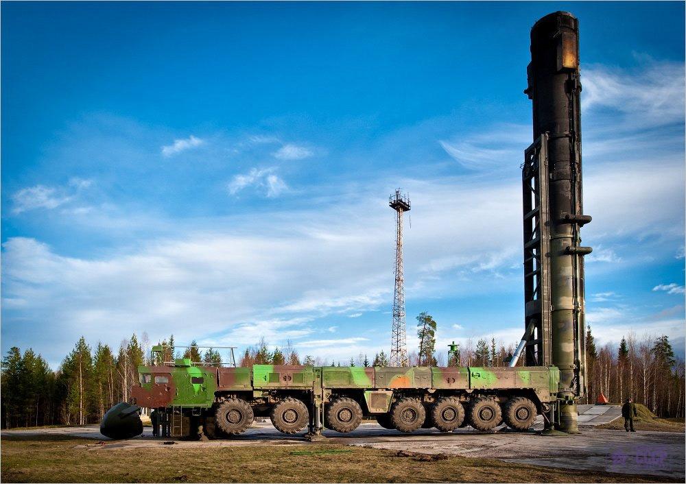 "Пусковая установка 15У168 на шасси МАЗ-7917 комплекса ""Тополь"" после пуска ракеты на полигоне Плесецк, 2000-е годы"