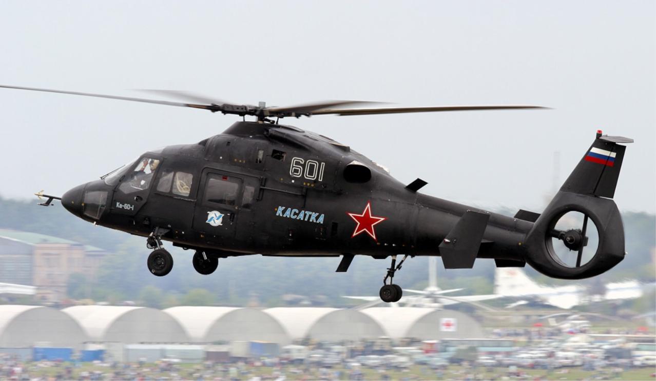 Первый летный экземпляр Ка-60 на авиасалоне МАКС-2003 (фото - Леонид Фаерберг, https://ru.wikipedia.org/)