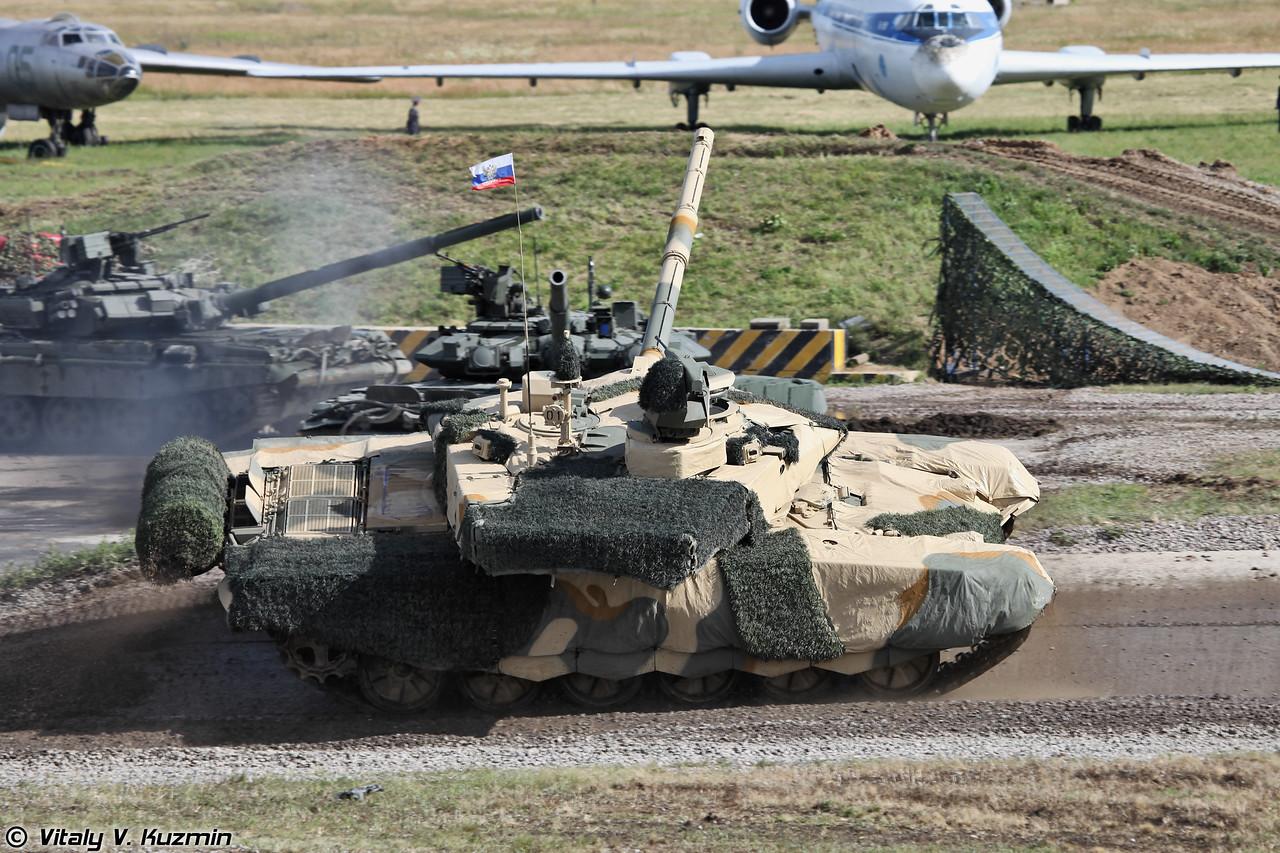 Основной танк Т-90СМ (фото - Виталий Кузьмин, https://www.vitalykuzmin.net/)