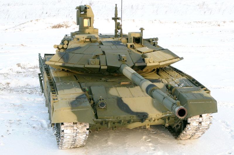 Основной танк Т-90АМ (фото - Виталий Кузьмин, https://www.vitalykuzmin.net/)