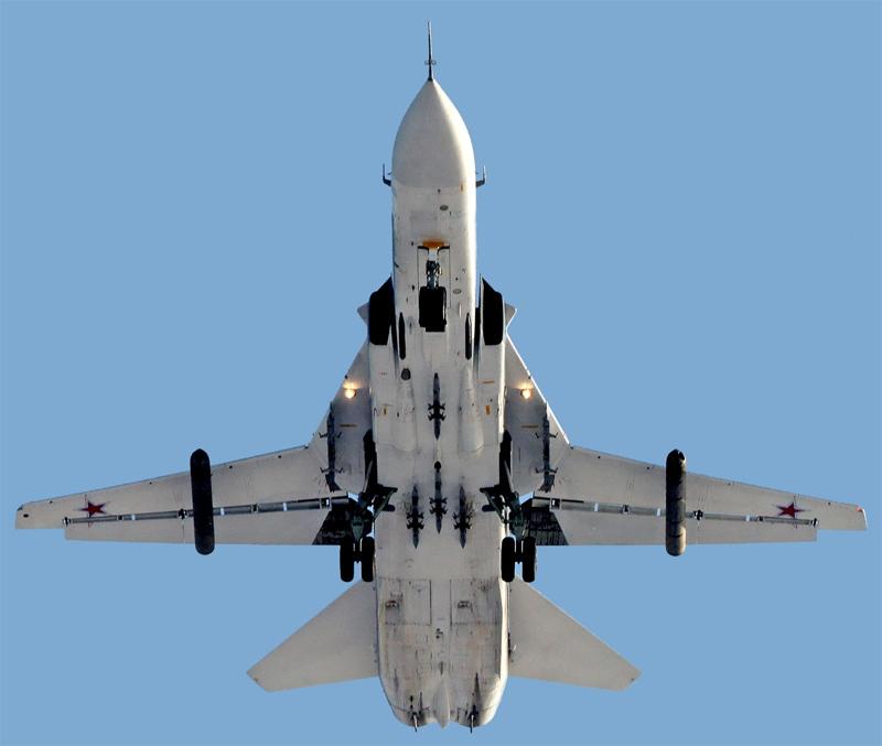 Фронтовой бомбардировщик Су-24М2 (фото - Олег Сафонов, http://russianplanes.net/)