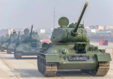 В Алабино из Санкт-Петербурга доставлены 30 танков Т-34