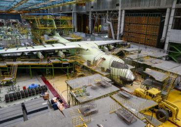 В АО «Авиастар-СП» испытан на герметичность очередной Ил-76МД-90А