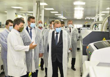 «Росэлектроника» запустила серийное производство DMR-радиостанций