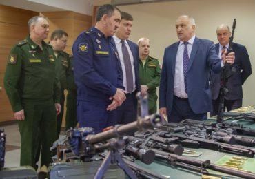 ЦНИИТОЧМАШ посетил заместитель министра обороны РФ